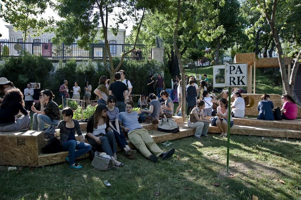 'PARK: bir ihtimal', 2010. Istanbul. Photo: Laleper Aytek.