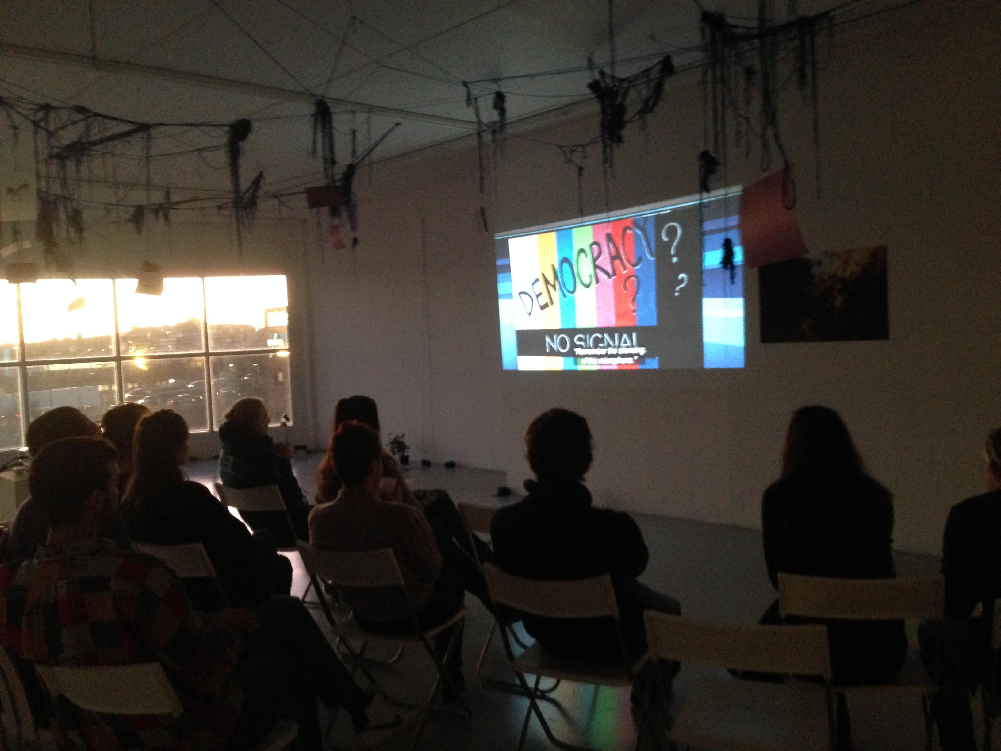 """Screening of """"Krisdokument, En överlevnadsguide"""" by Elisabeth Marjanovic Cronvall and Marta Dauliute in Pracrising Transitions Festival"""